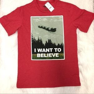 I want to believe t shirt Size small NWT